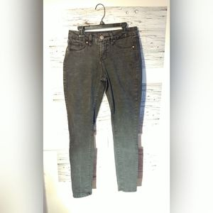 Women's Sz 2 Royalty for Me Mid-Rise Skinny Jeans
